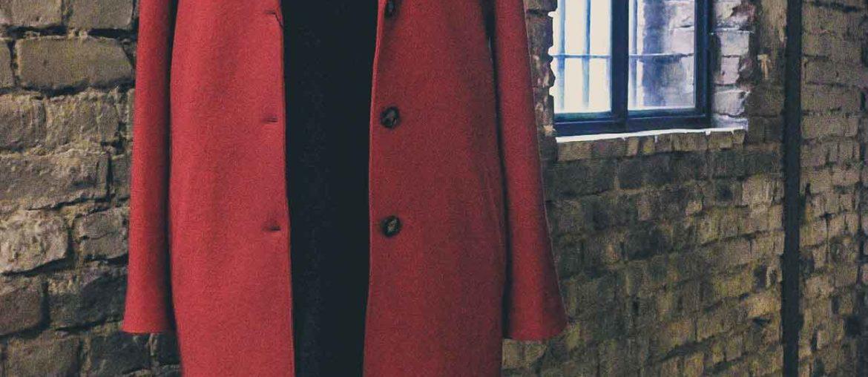 Roter Wollmantel von SET