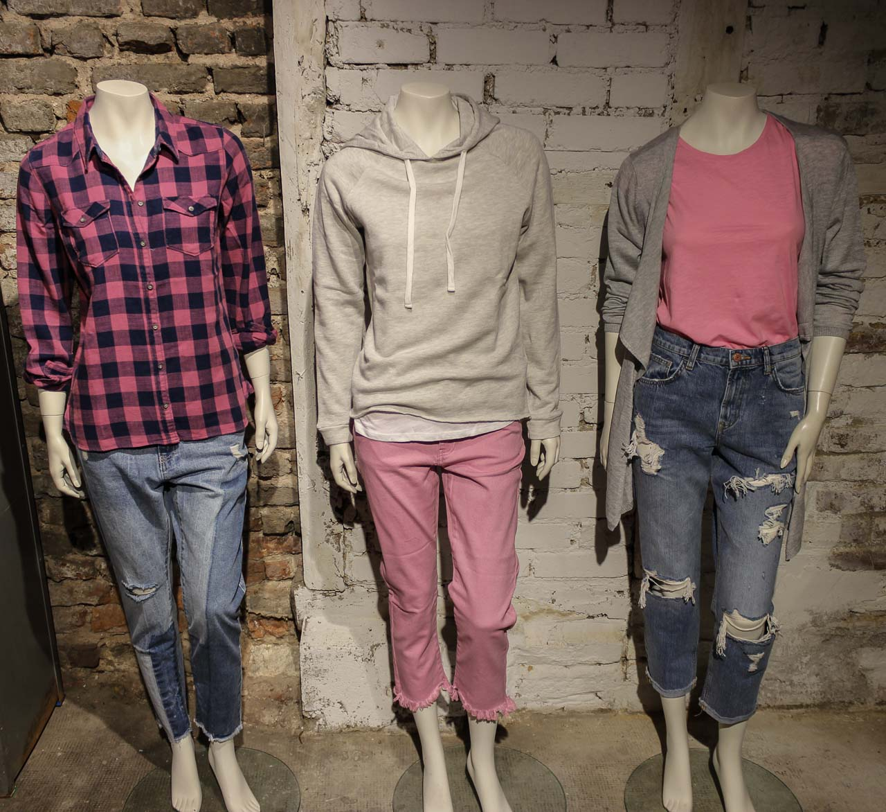 Pink und Jeans Outfits