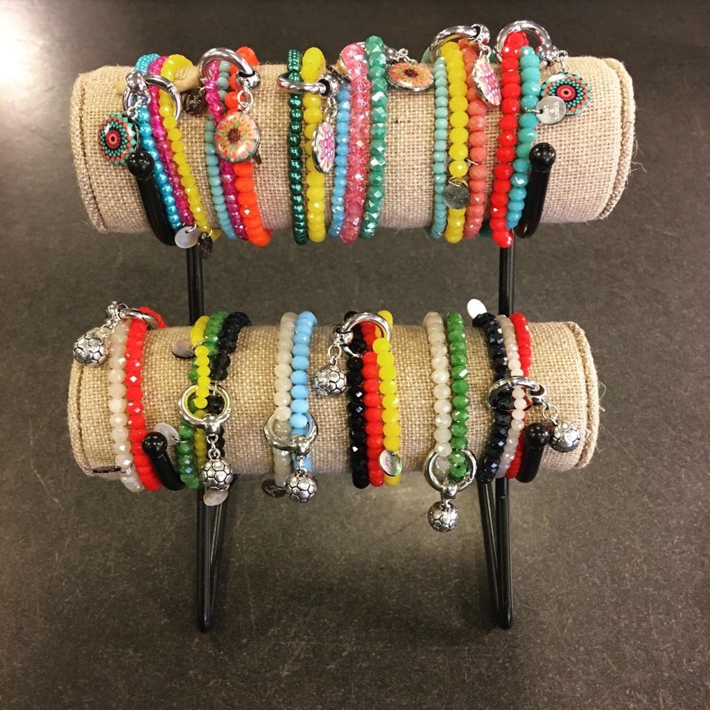 WM Armbänder