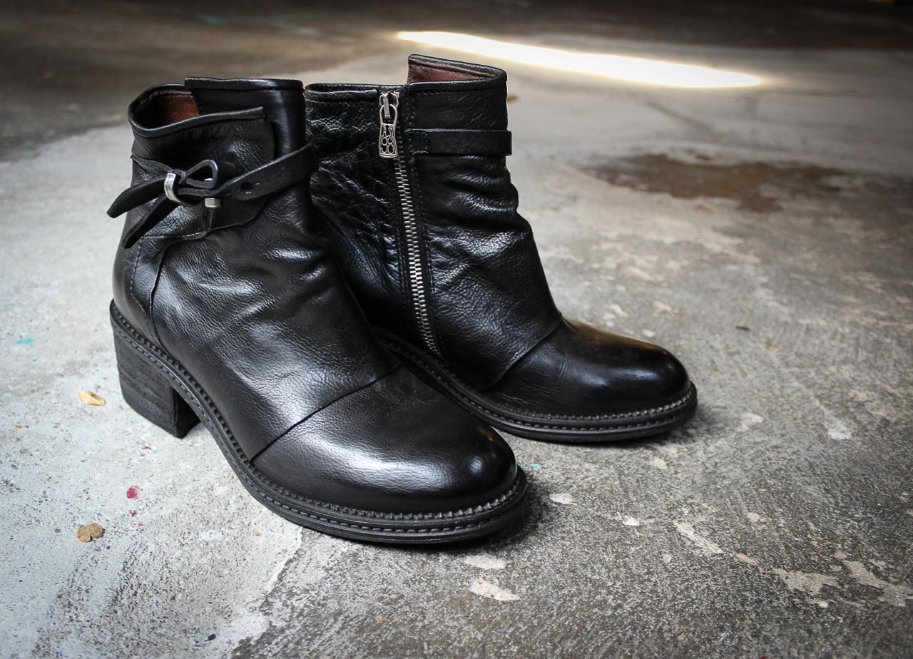 AS 98 Stiefelette