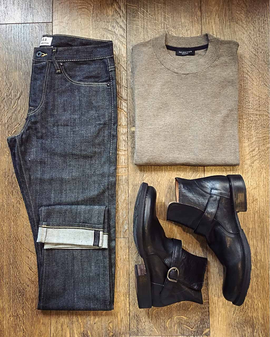 Outfit von Jack&Jones, Selected Homme und Fiorentini+Baker