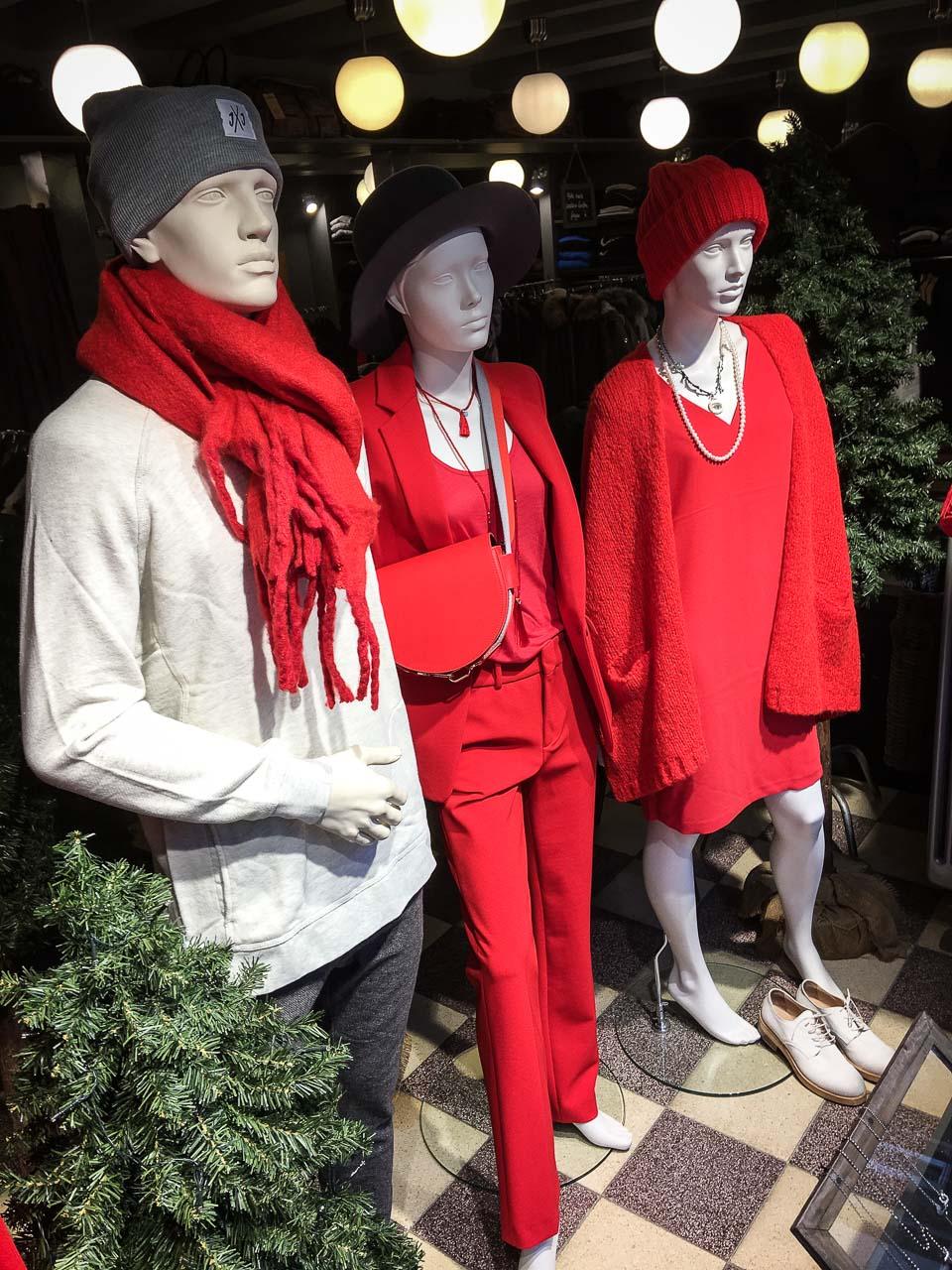 Rotes Schaufenster bei VIVA!