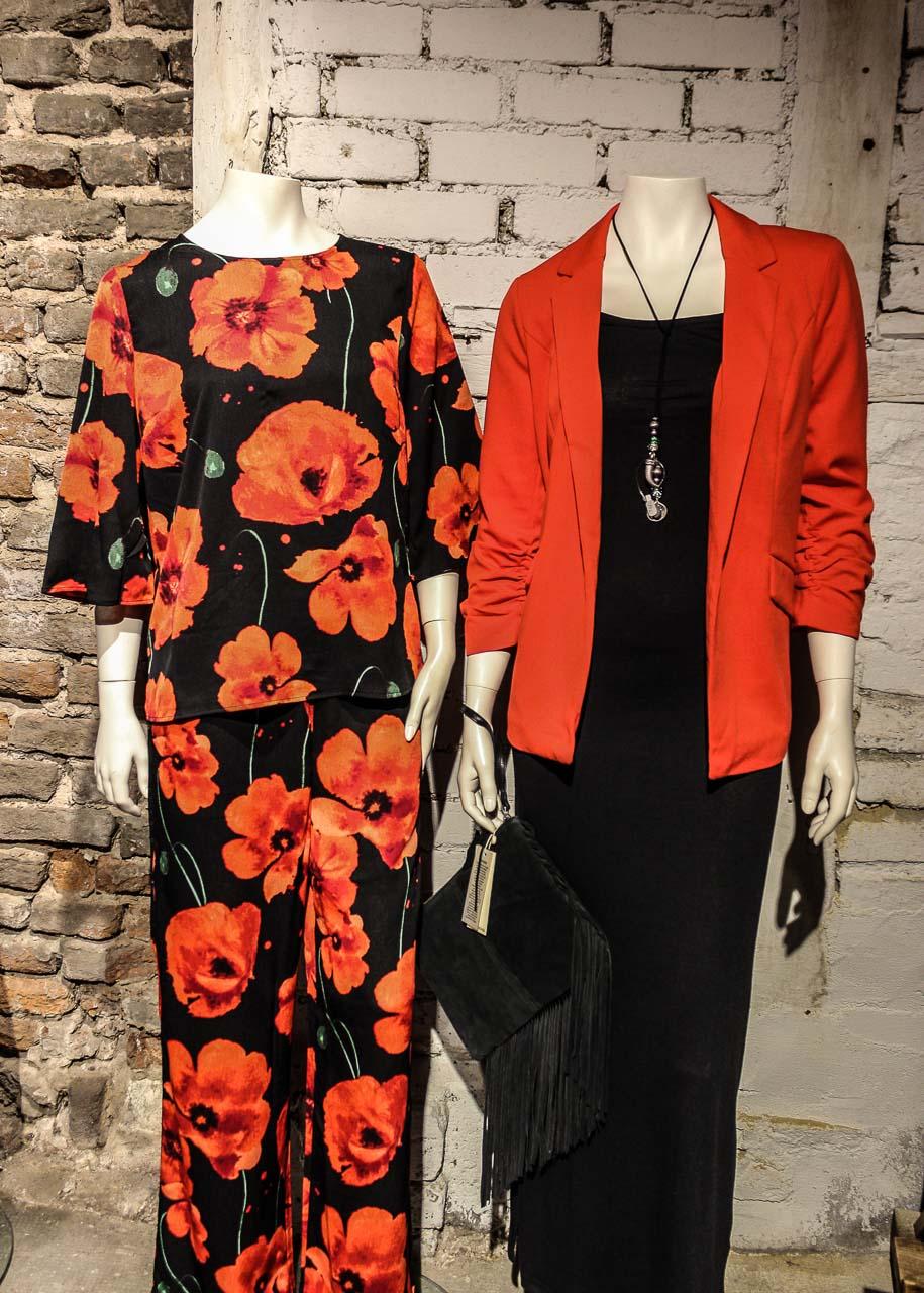 Rot und Schwarz Outfits