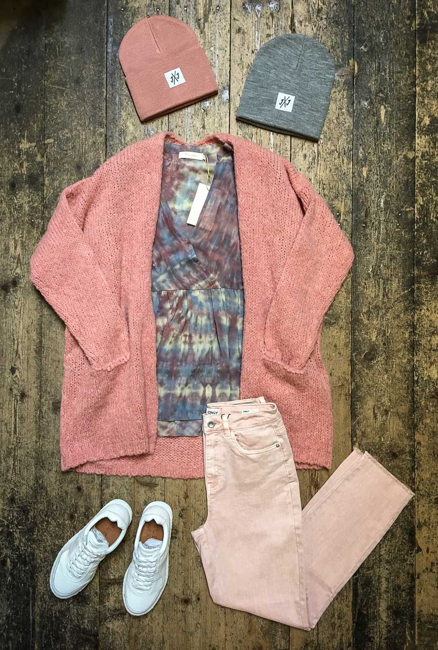 Rosa Outfit